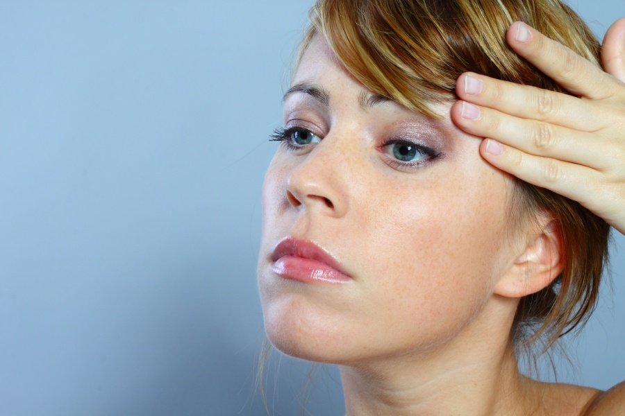 Methoden um Falten maßgeschneidert zu glätten: So funktionieren Botox, Hyaluron & Co.