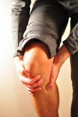 Kniearthrose: Zahlreiche Alternativen zu künstlichem Gelenk