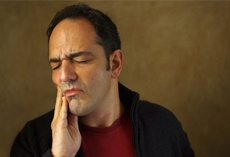 Was alles hinter Zahnschmerzen stecken kann