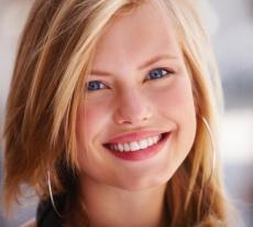 Lippenkonturierung, -aufbau und -design