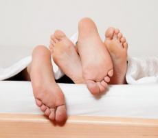 Klitoraler Orgasmus: eine Frage der Anatomie?