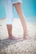 Stripping-OP oder Venenkleber: So werden Krampfadern heute behandelt