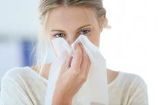Darmsanierung bei Allergien: Warum die Behandlung auch bei Heuschnupfen helfen kann
