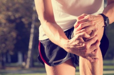 Kniescheibe verschoben: Wann ist eine Operation notwendig?