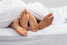 Scheidentrockenheit, Schmerzen, Juckreiz: Hilfe bei vaginaler Atrophie in den Wechseljahren