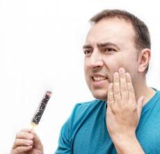 Zahngesunde Ernährung – welche Lebensmittel sind gut und welche schlecht?