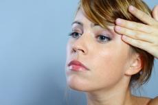 Methoden zur Augenlidstraffung mit OP, Filler & Botox: Welche ist für mich die richtige?