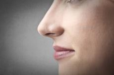Verbesserung der Nasenatmung durch lasergestützte Nasenmuschel-OP