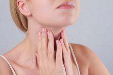 Hashimoto-Thyreoiditis: Alles über Häufigkeit, Anzeichen und Verlauf