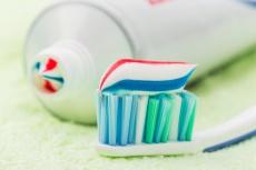 Zahnpasta für Kinder: Welcher Fluorid-Anteil ist der richtige?
