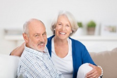 Natürlicher Zahnerhalt bis ins hohe Alter: So geht's