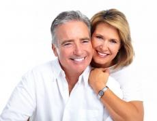 Endodontie oder Implantat? Die Vor- und Nachteile in der Übersicht