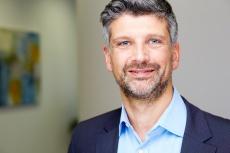 © Herr Dr. Scheersoi ist Plastischer & Ästhetischer Chirurg in Brühl.