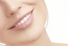 Zahnprothesen reinigen