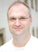 Dr. med. David Brix
