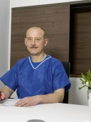 Dr. med. Viktor Gauss