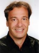 Dr. med. Dr. med. dent. Gabor Csaszar