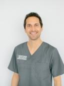 Dr. Masshud Yakin