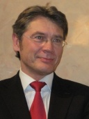 Dr. med. dent. M.Sc. Lorenz Bösch