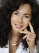 Dr. med. Eva Maria Pless