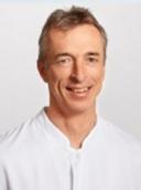 Dr. med. Oliver Wolf