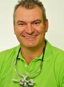 Dr. med. dent. Michail Staschke