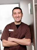 Dr. med. dent. Viktor Karapetian