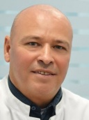 Dr. med. Michael Jakobson