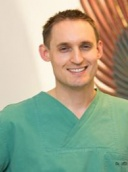 Dr. med. Nicolas Leitz