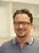 Dr. med. dent. M.Sc. M.Sc. Stephan Thom
