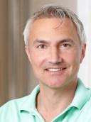 Dr. med. Mike Esser