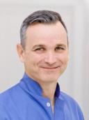 Dr. Stefan Hienz