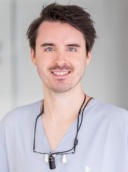 Dr. Jens Lakomy