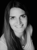 Dr. med. Laura Leser