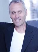 Dr. med. Michael John