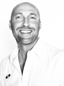 Dr. Marco Schmider