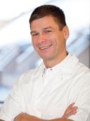 Dr. med. dent. Christof Metz