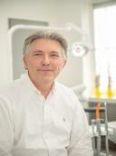 Dr. Lothar Hessling