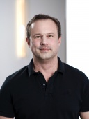Dr. med. dent. Bernd Stoll