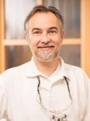 Dr. med. dent. Darius Dragolea