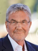 Manfred Simon