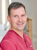 Dr. med. dent. Jens Stoltz