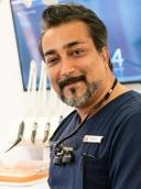 Dr. med. dent. Usama Chekhani