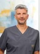 Dr. med. Achmed Tobias Scheersoi