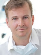 Dr. Schütz