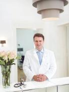 Dr. Faupel