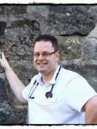 Dr. Hrach