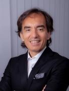 Dr. Topcu