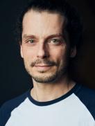 Dr. med. Adrian Busen